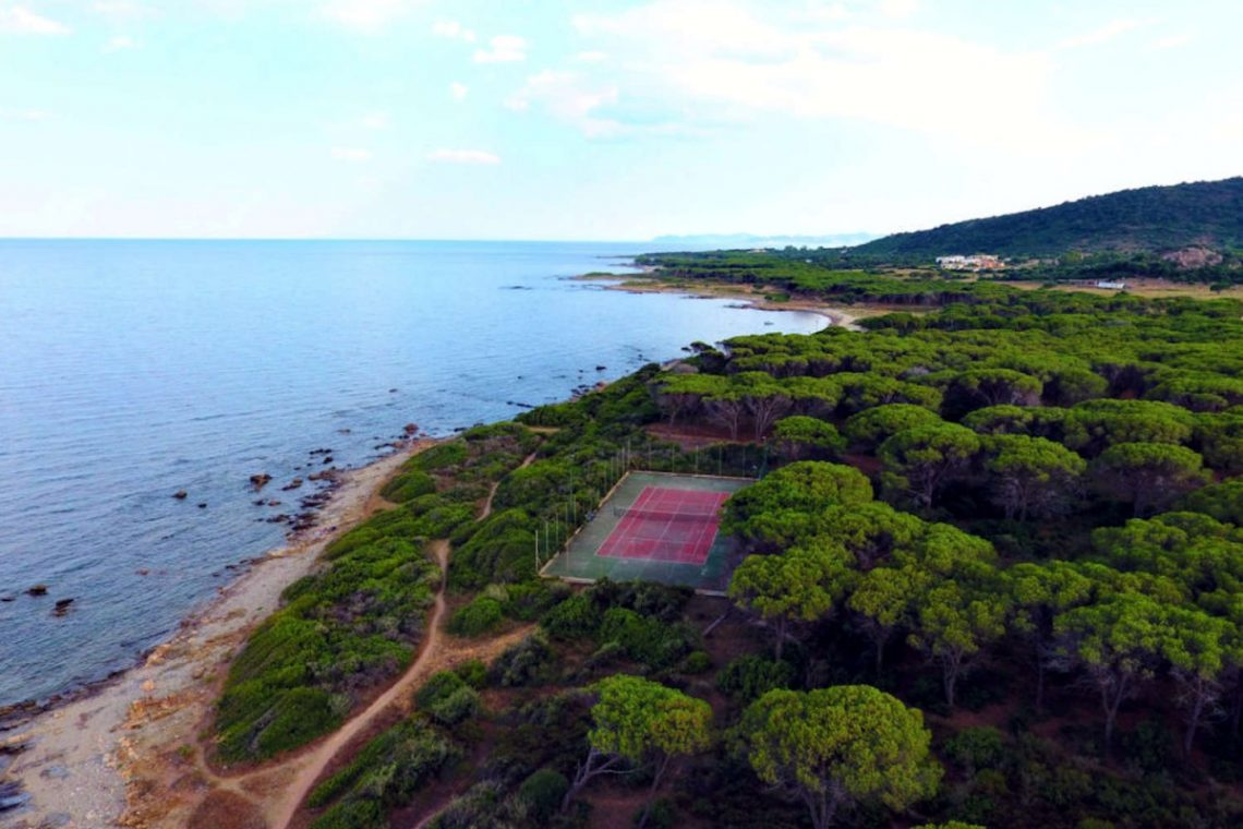 Waterfront house Sardinia sale 33