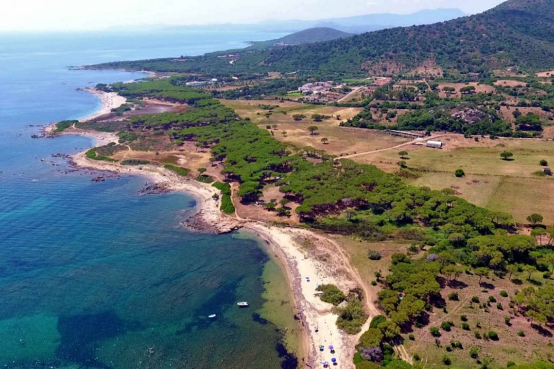 Waterfront house Sardinia sale 35