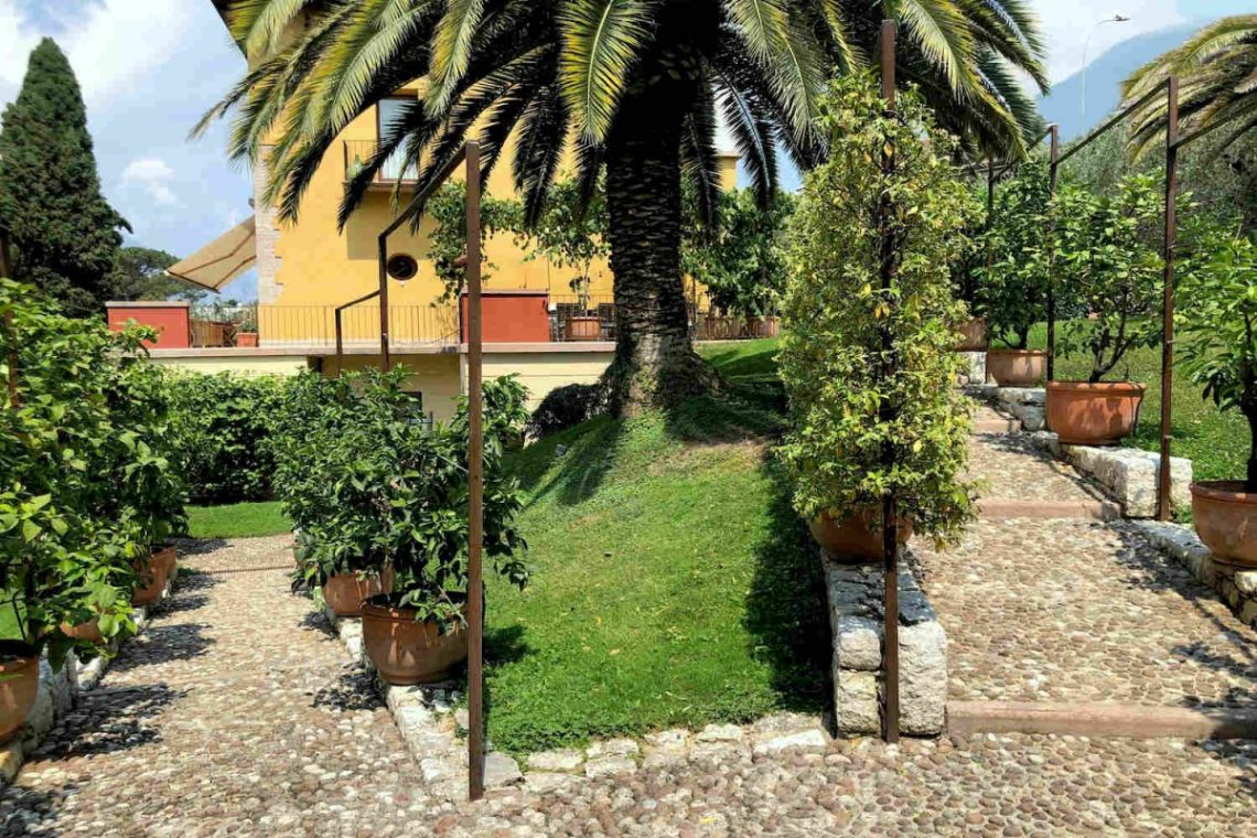 Villa Art Nouveau for sale Malcesine Lake Garda 14