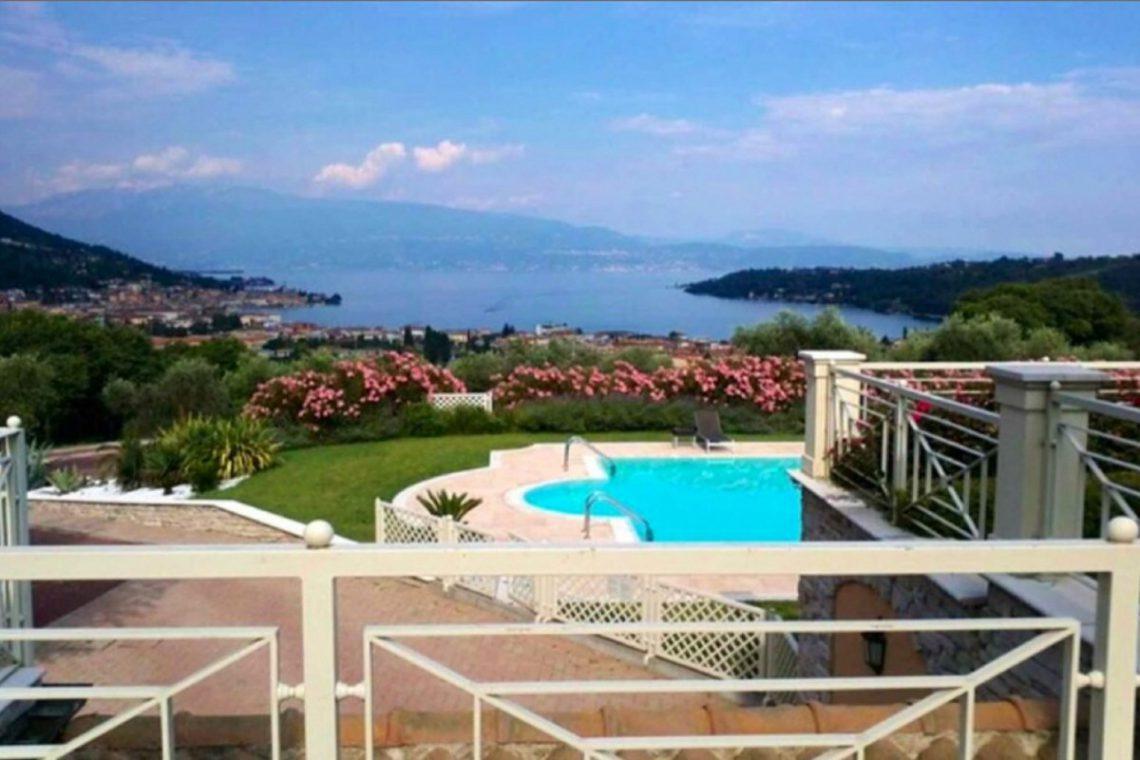 Italy Lake Garda Salo apartment lake view – 03