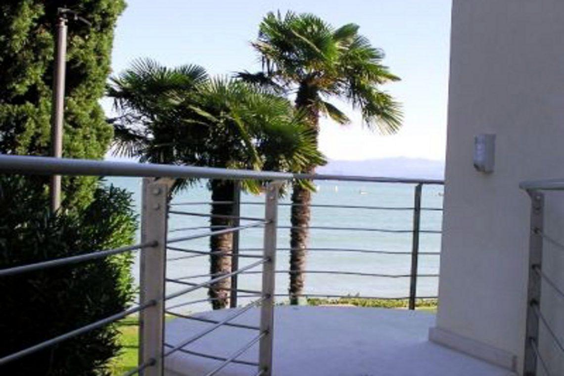 Italy Desenzano del Garda Waterfront Villa 11