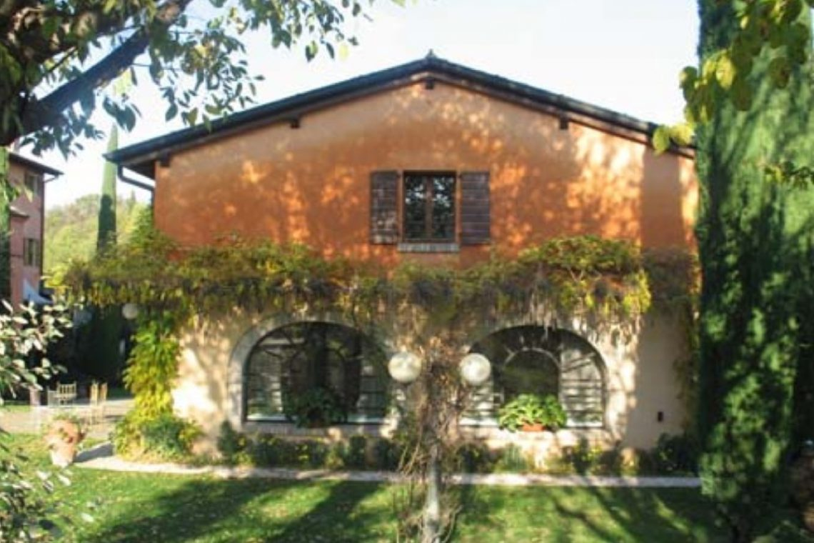 Historic Cottage near Peschiera del Garda 09
