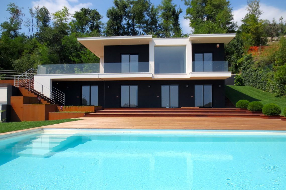 Italy Padenghe sul Garda villa lake view 03