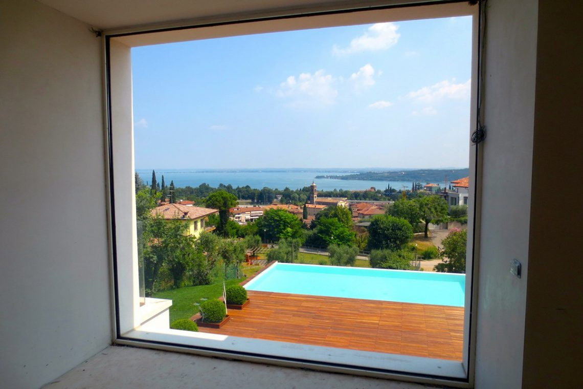 Italy Padenghe sul Garda villa lake view 09
