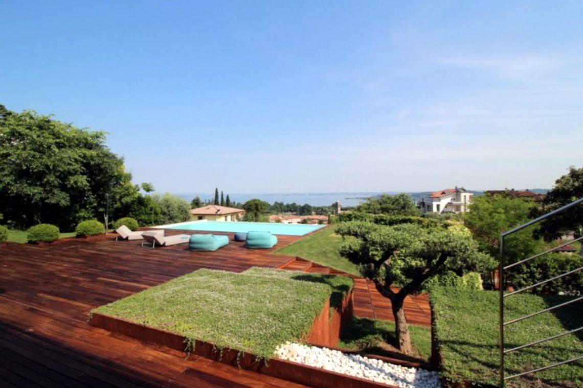 Italy Padenghe sul Garda villa lake view 11