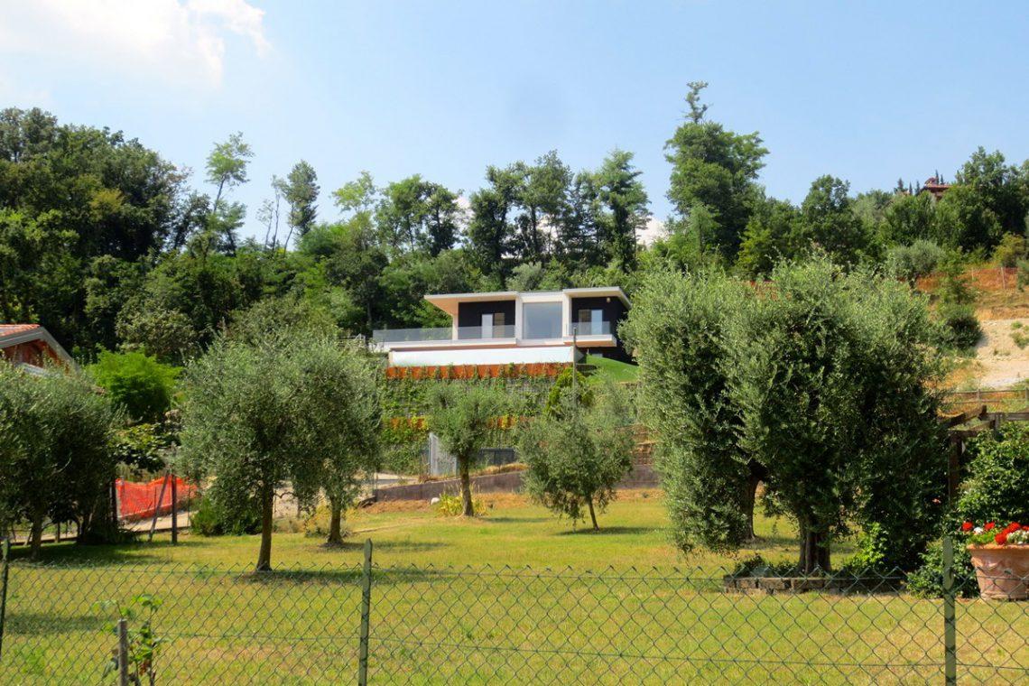 Italy Padenghe sul Garda villa lake view 14