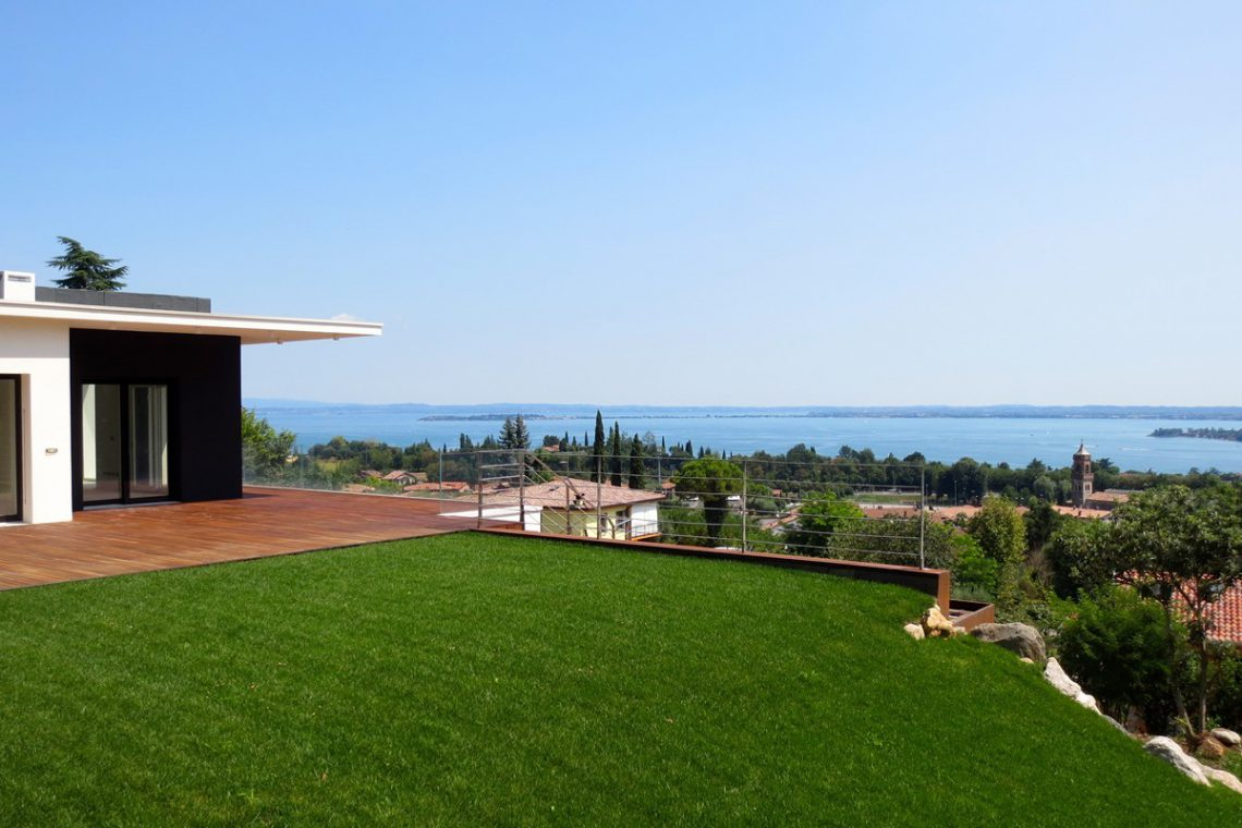 Italy Padenghe sul Garda villa lake view 16