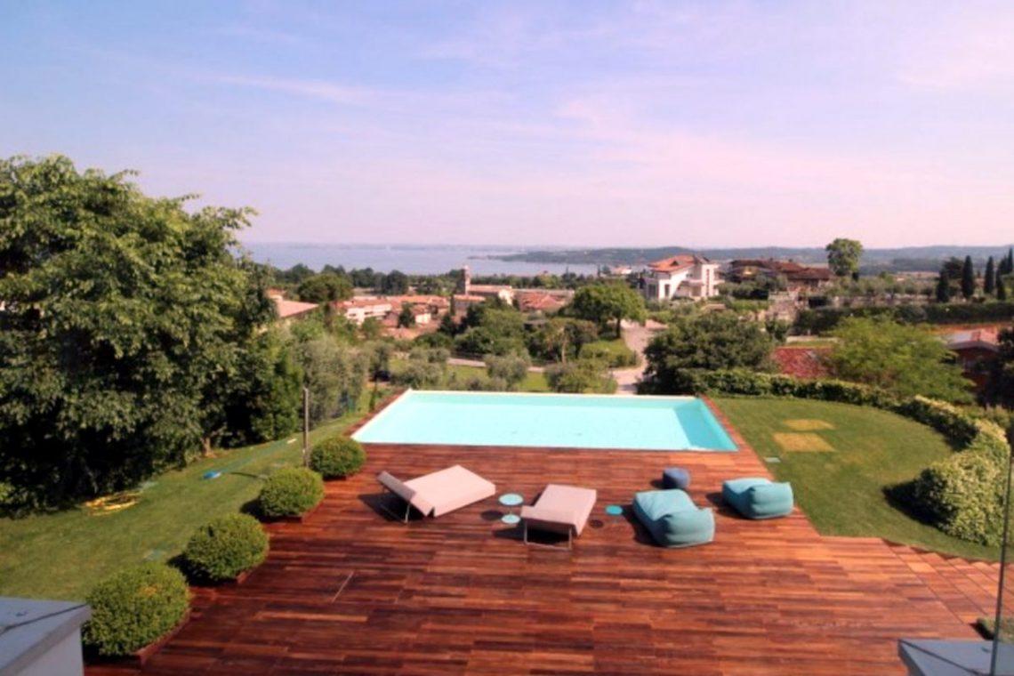 Italy Padenghe sul Garda villa lake view 18