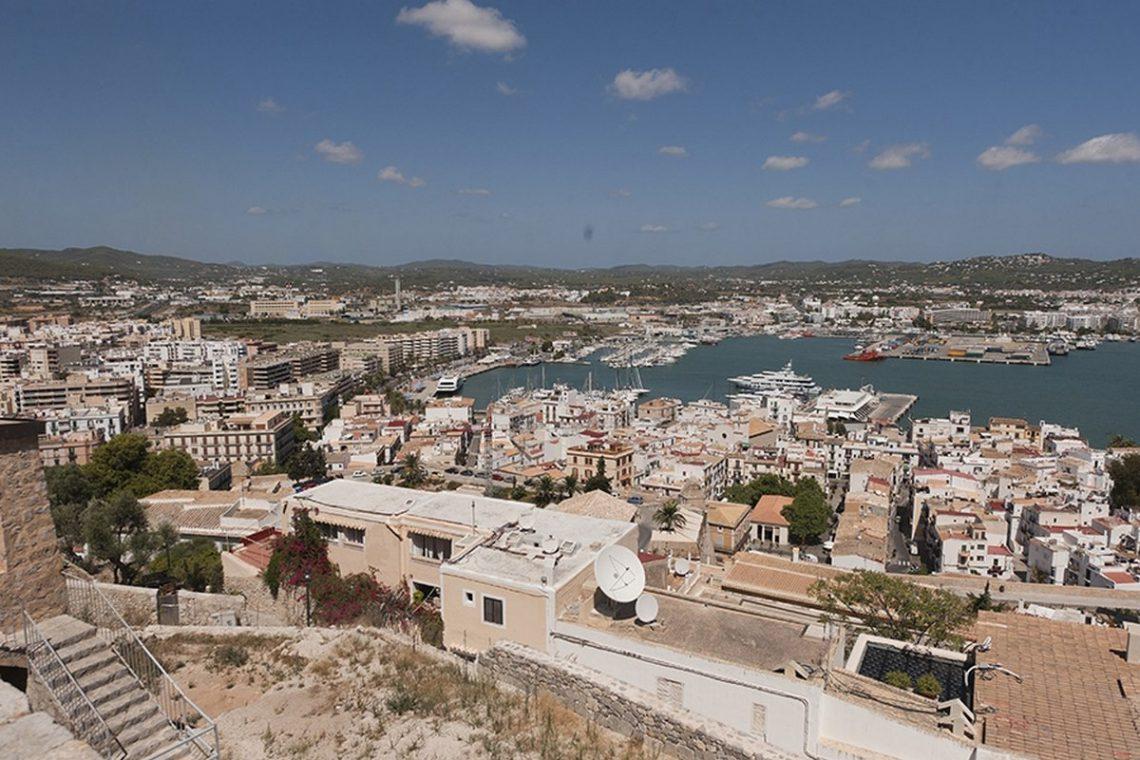 Ibiza historic palace for rent 07
