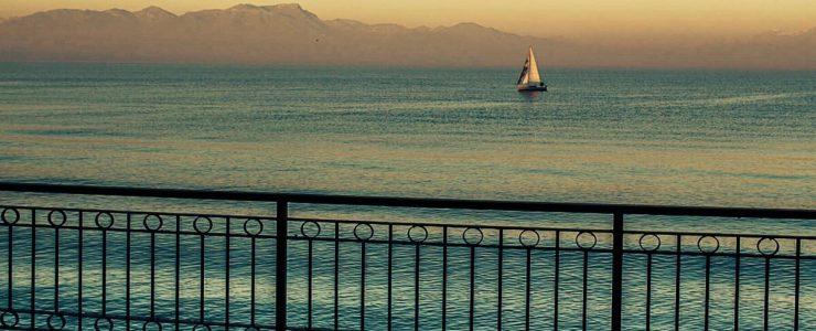 Waterfront Art Nouveau villa for sale in Italy, Lake Garda