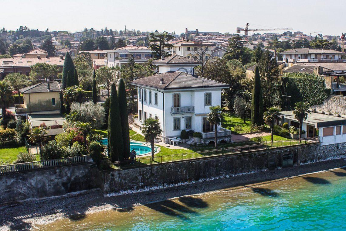 Lake Garda waterfront Art Nouveau villa 06
