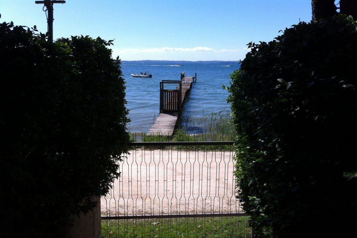 Lake Garda waterfront villa with private wharf 04