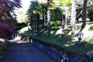Lake Garda waterfront villa with private dock