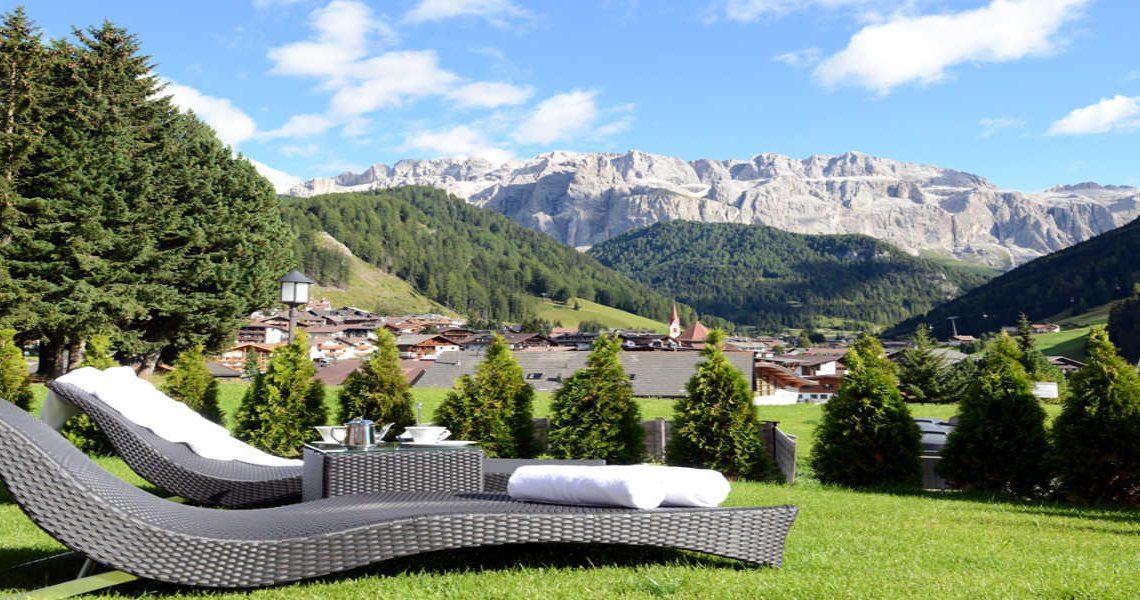 Alps Dolomites Val Gardena Chalet for rent slider