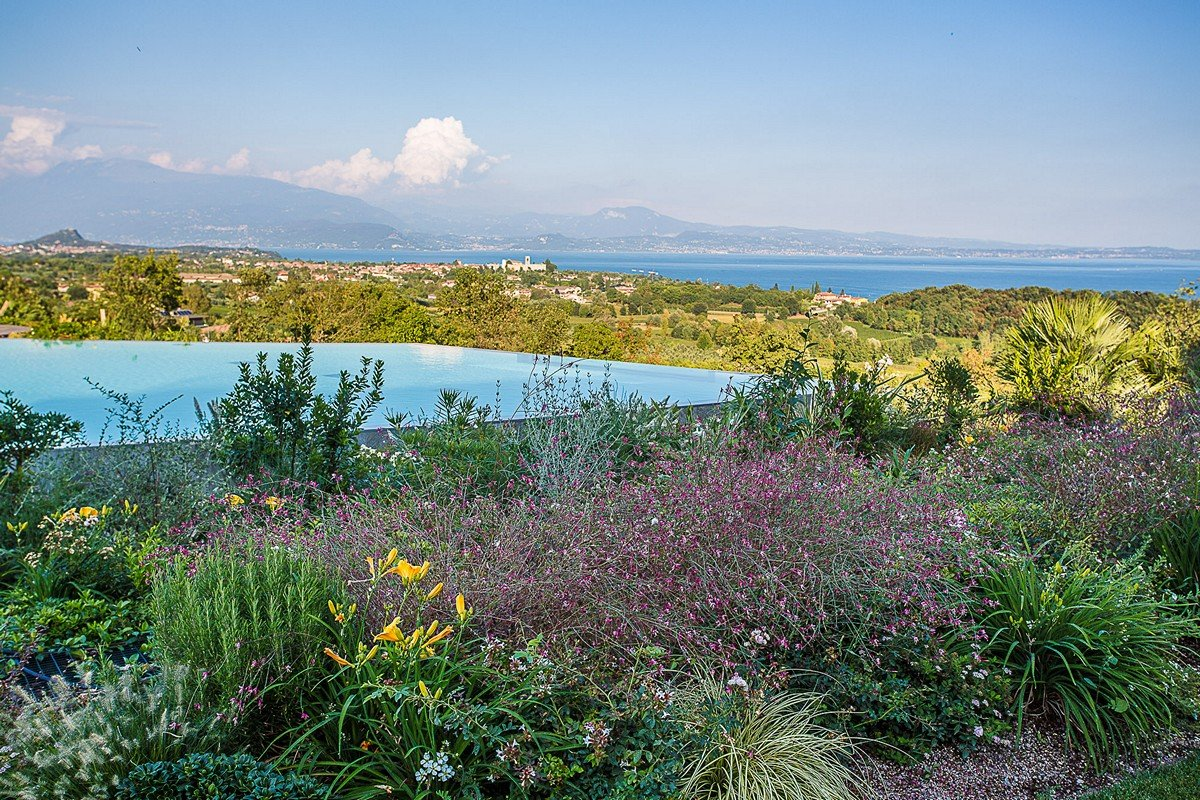 Luxury house for sale Padenghe sul Garda