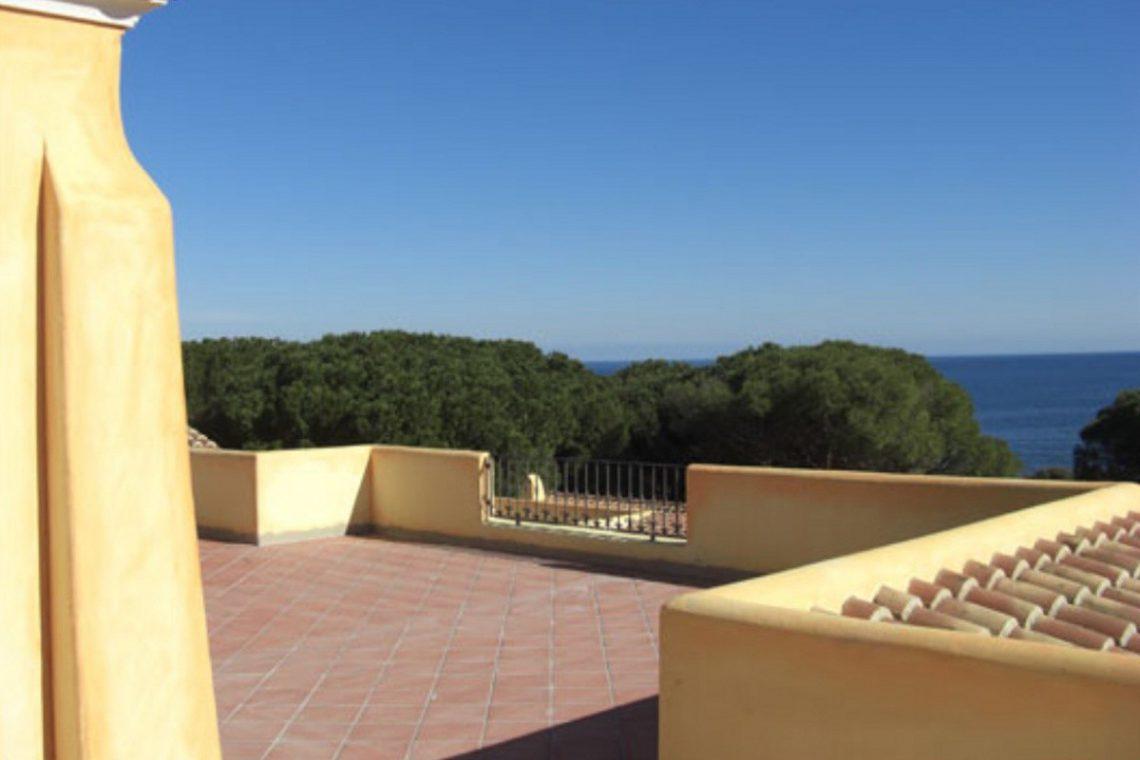 Waterfront house Sardinia sale 02