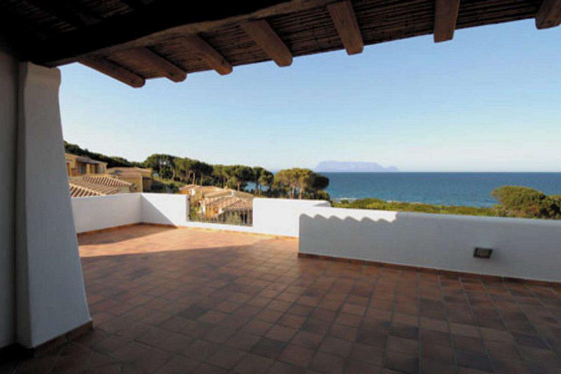 Waterfront house Sardinia sale 05