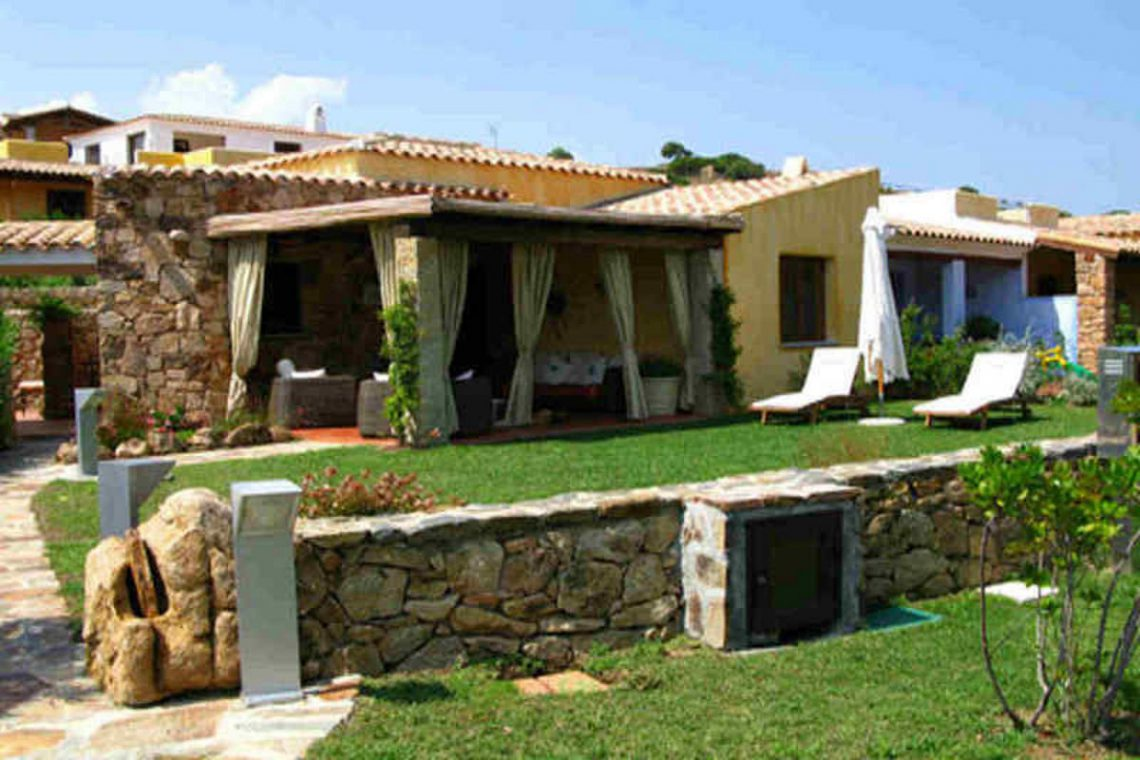 Waterfront house Sardinia sale 15