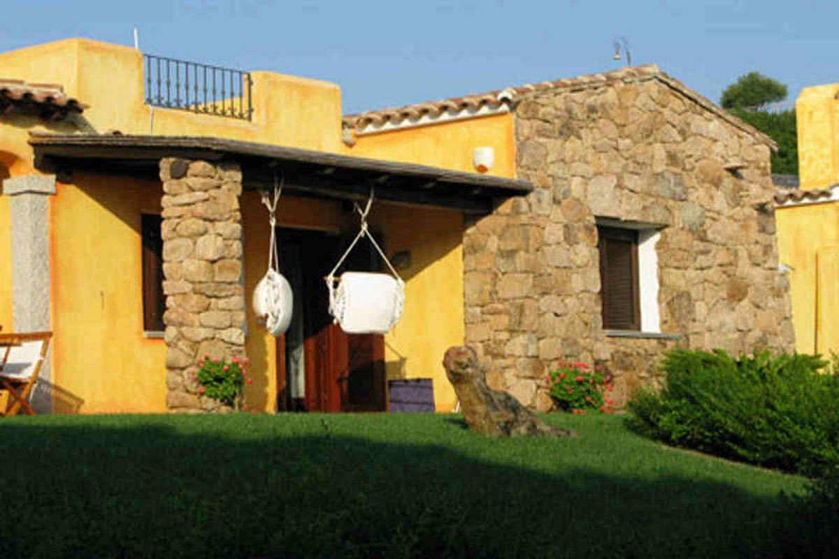 Waterfront house Sardinia sale 90 mt from water