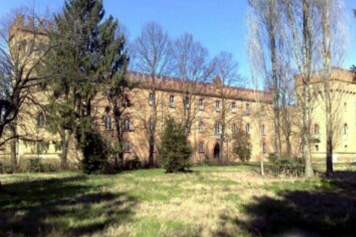 Castle for sale in Italy Emilia Romagna 05