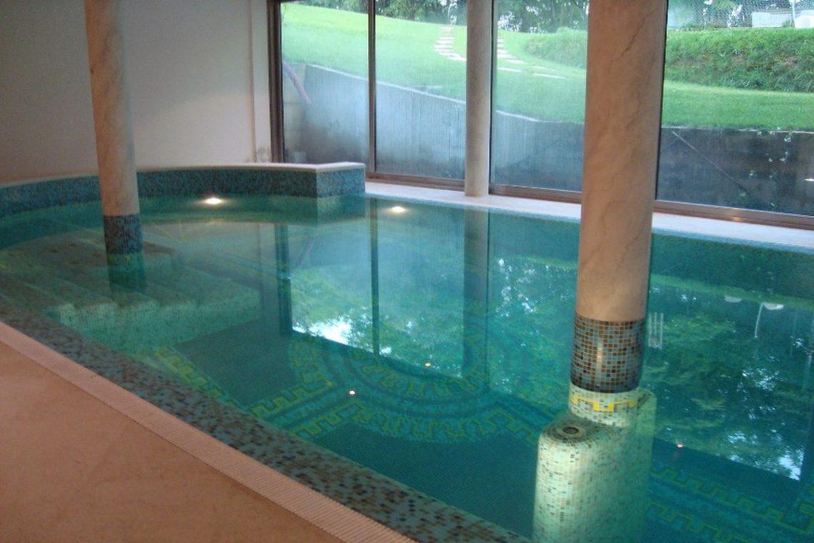 Lake view villa Lazise del Garda with indoor pool 05