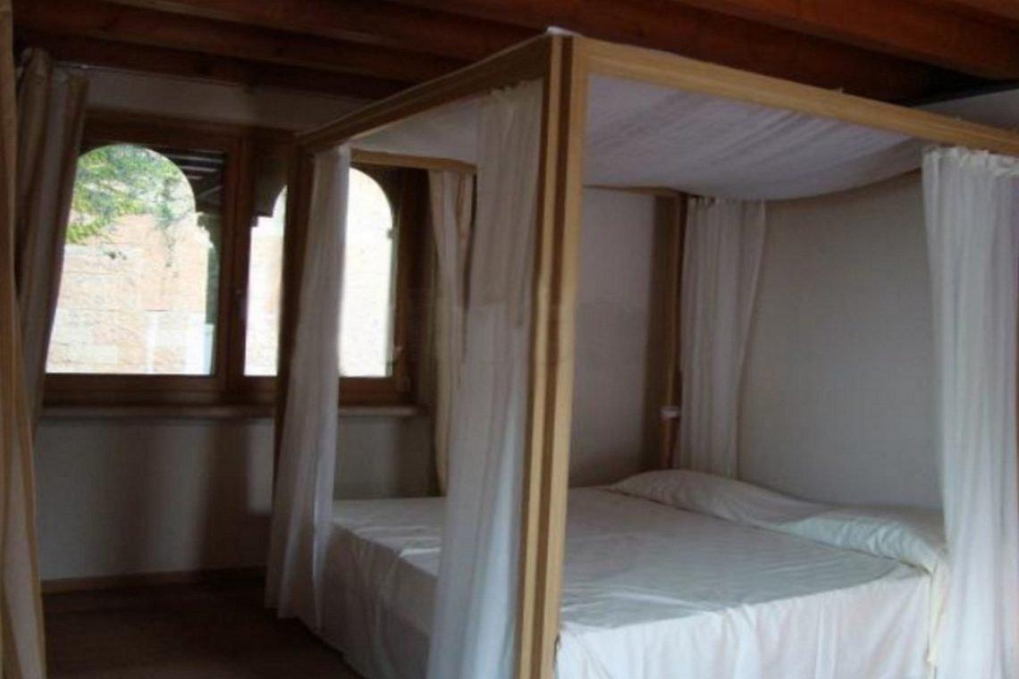 Lake view villa Lazise del Garda with indoor pool 15