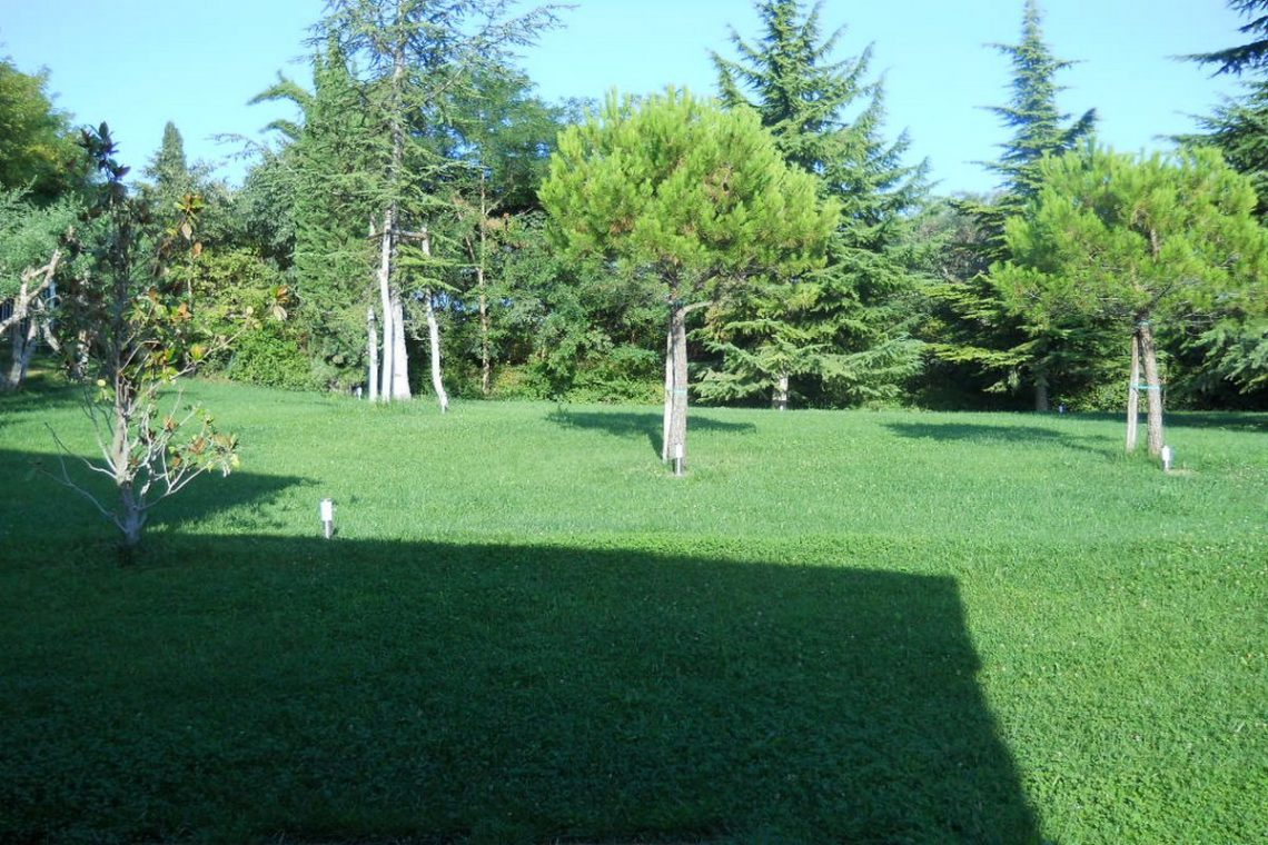 Lake view villa Lazise del Garda with indoor pool 25