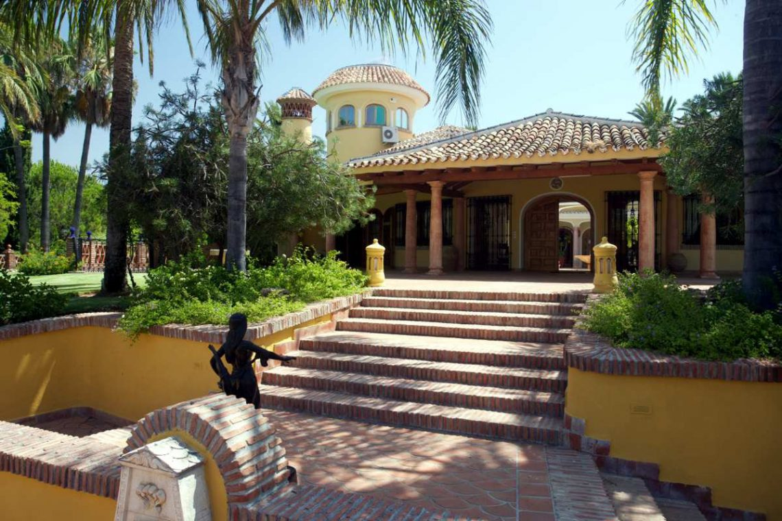 Luxury house Marbella sale near Santana Golf 04