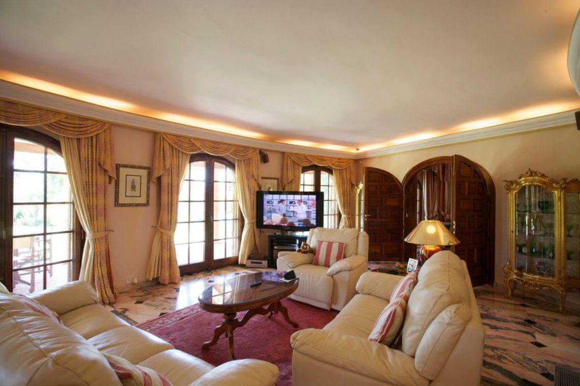 Luxury house Marbella sale near Santana Golf 12