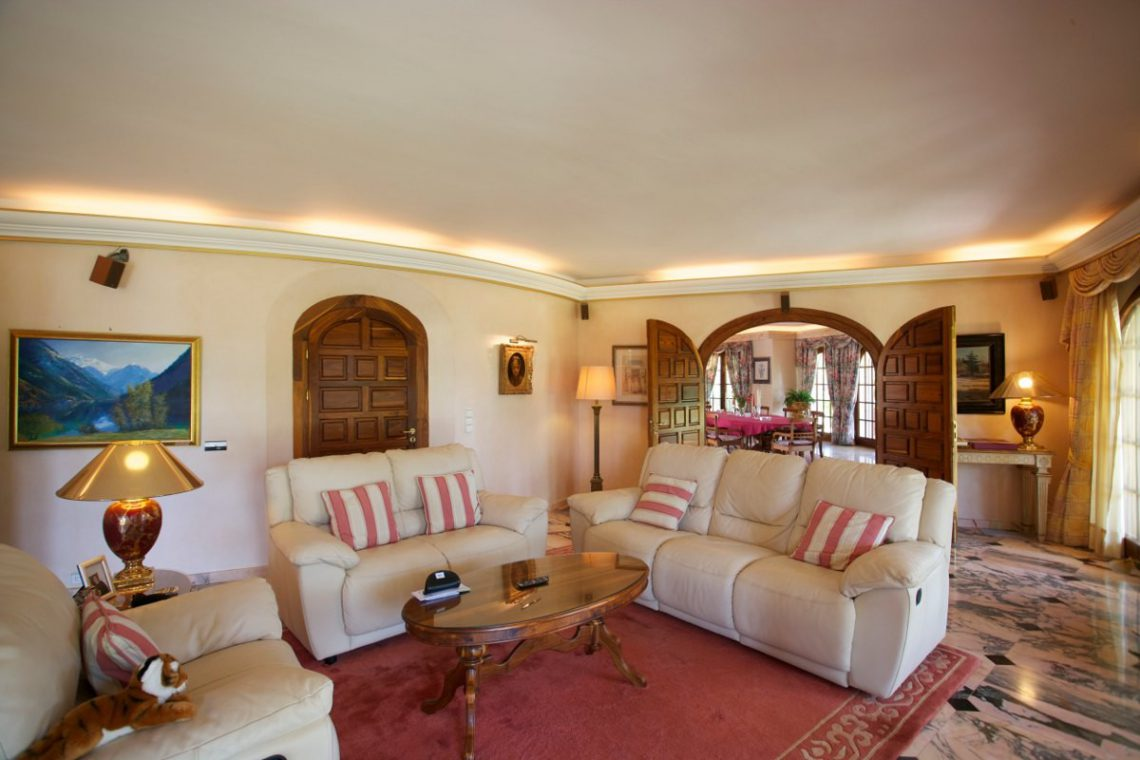 Luxury house Marbella sale near Santana Golf 13