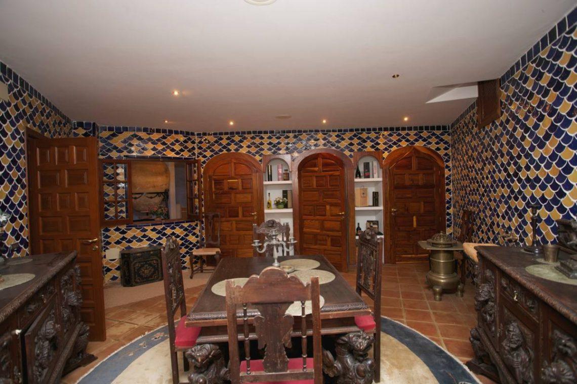 Luxury house Marbella sale near Santana Golf 29