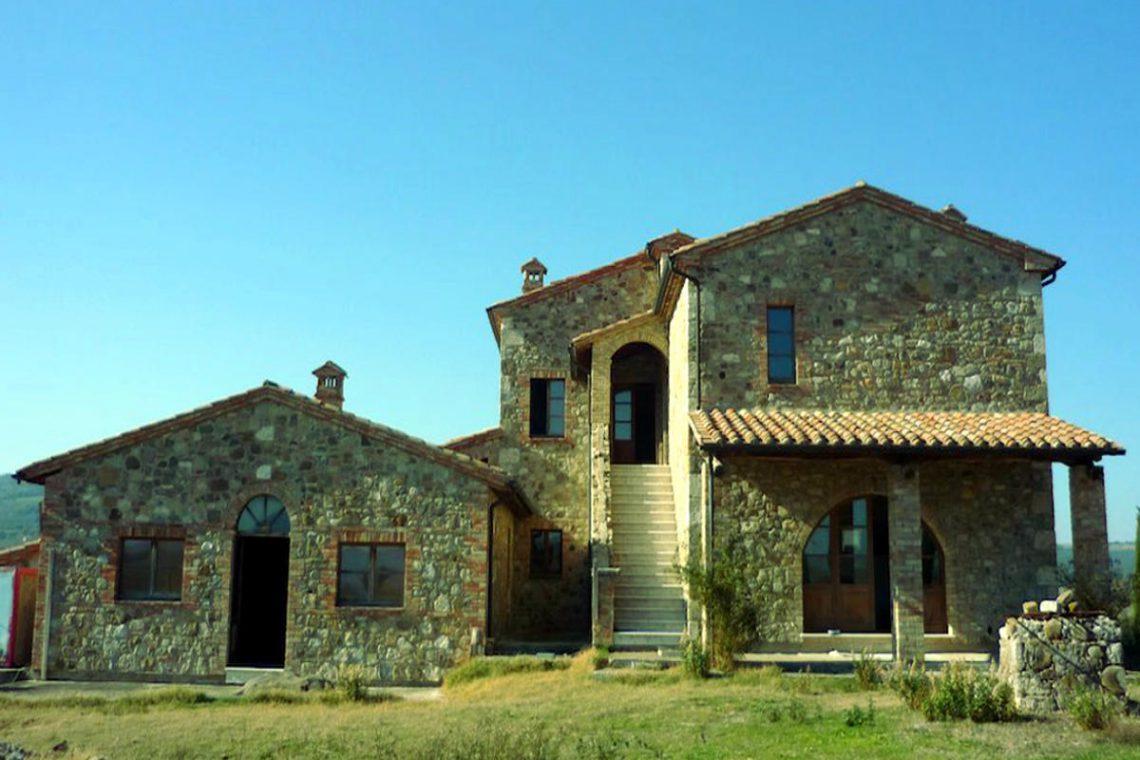 Tuscany farmhouse for sale near Montalcino 02