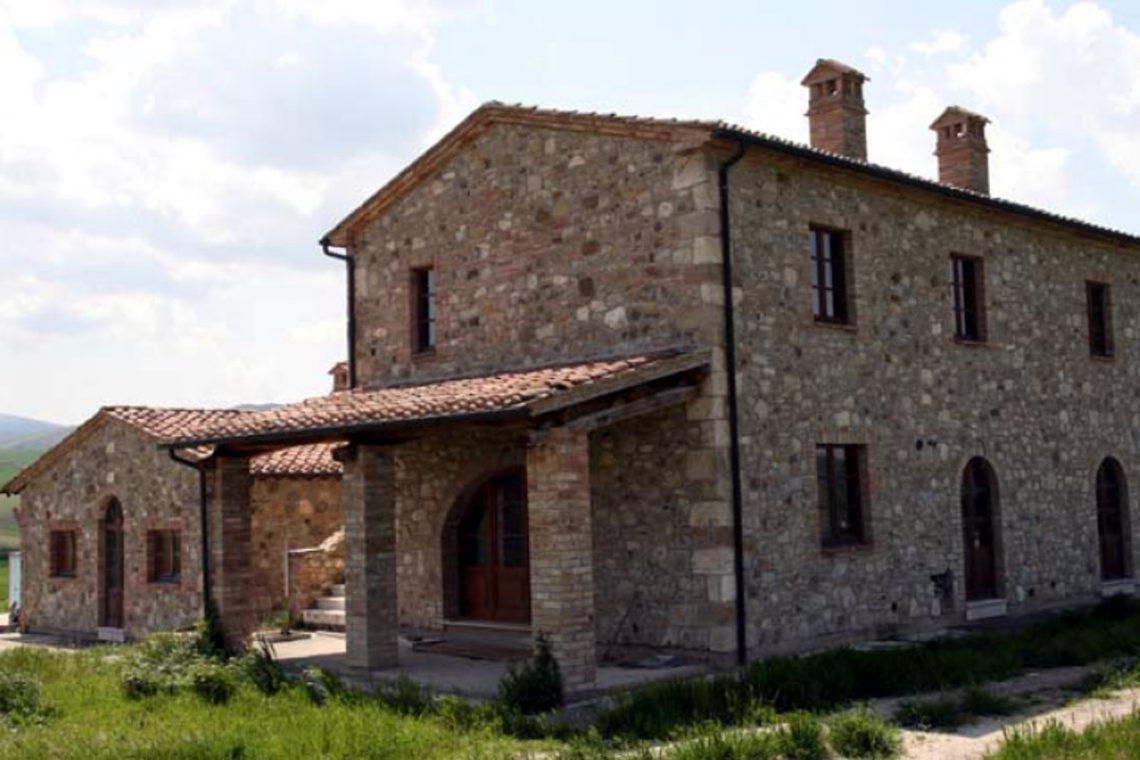 Tuscany farmhouse for sale near Montalcino 06
