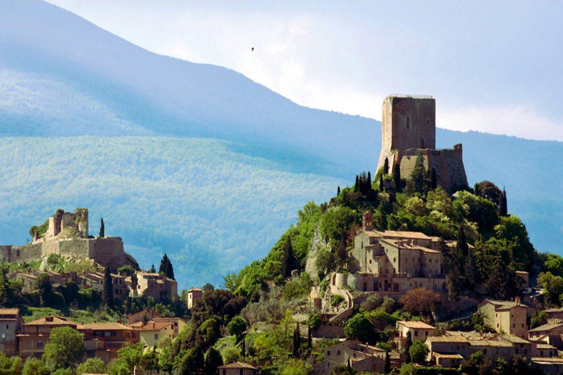 Tuscany farmhouse for sale near Montalcino 16
