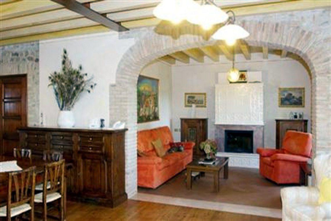 Luxury cottage for sale near Lake Garda Italy 12