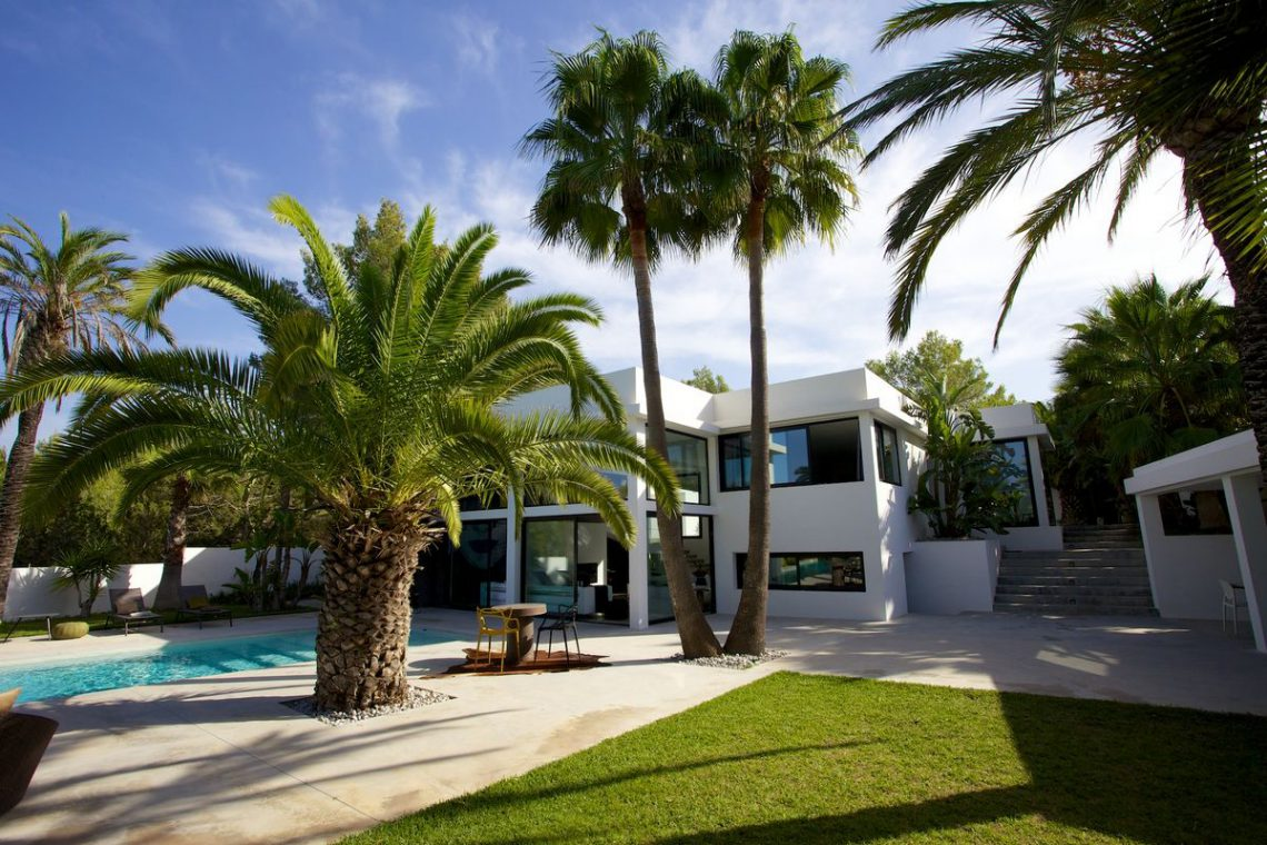 Ibiza rentals Villa with pool and exotic garden 09