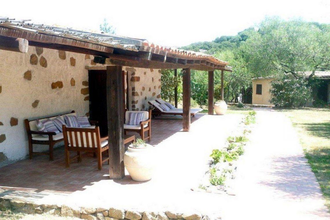 Porto Rotondo villa for sale waterfront with private beach 13