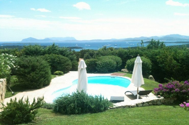 Sardinia Porto Cervo villa for sale near Pevero Golf Club