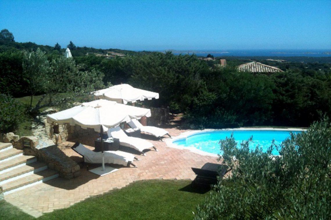 Sardinia Porto Cervo villa near Pevero Golf Club 05
