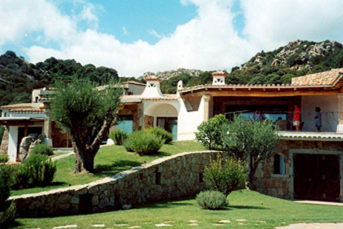 Sardinia Porto Cervo villa near Pevero Golf Club 07