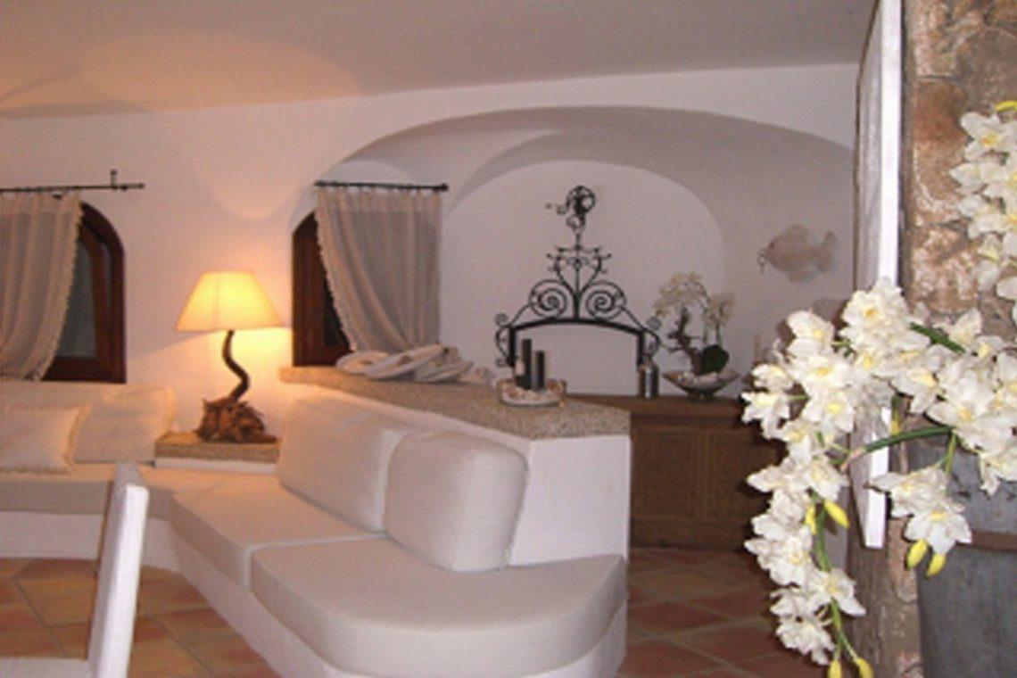 Sardinia Porto Cervo villa near Pevero Golf Club 15
