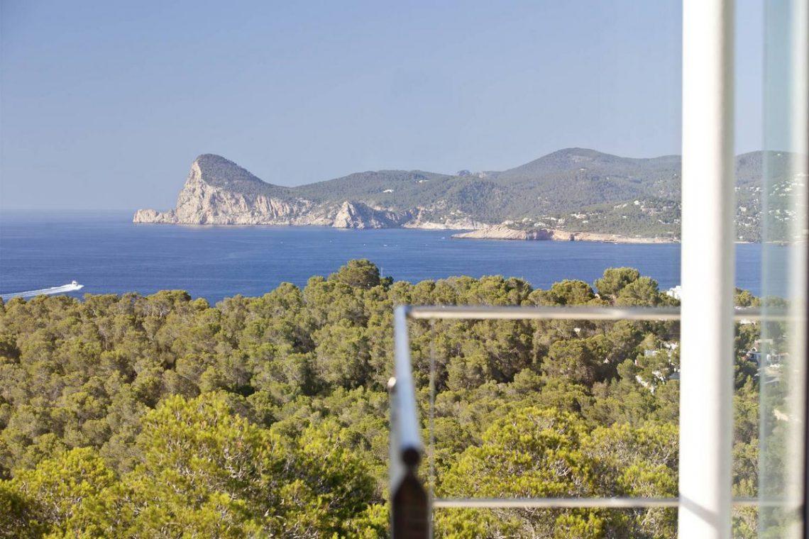 Ibiza villa rent with sea and sunset views 26