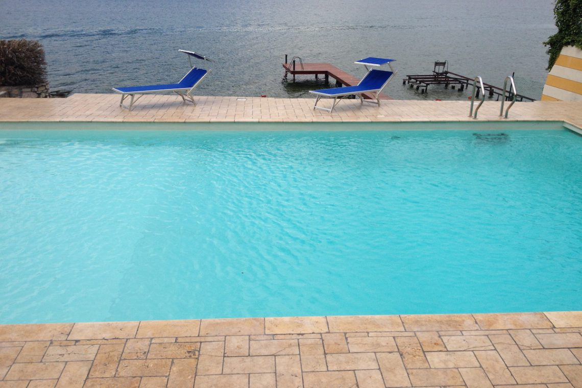 Waterfront villa Lake Garda rent, pool, beach, private dock 06