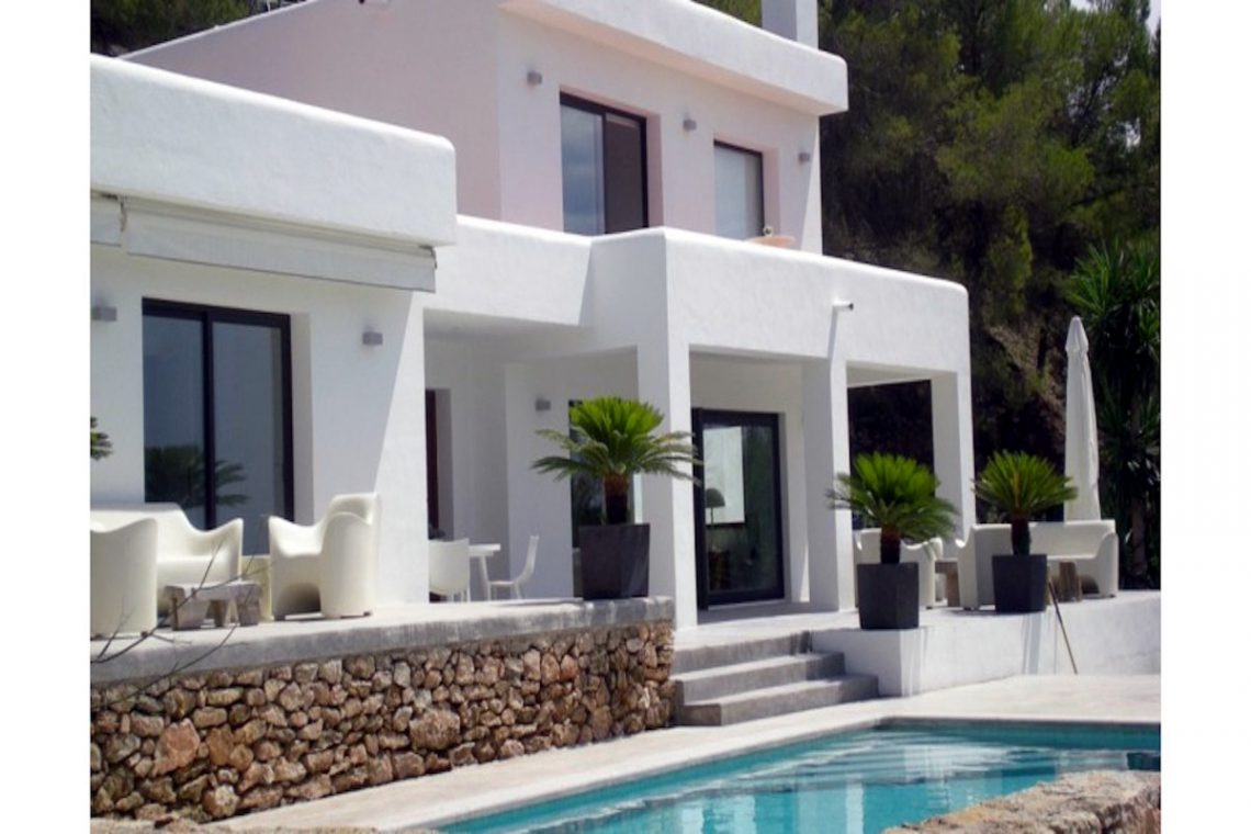 Sea view villa Ibiza for rent with sea and sunset views 09