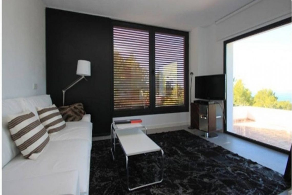Sea view villa Ibiza for rent with sea and sunset views 18