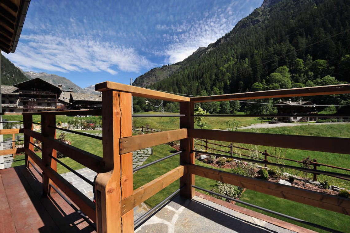 Apartments Gressoney in Walser house finely restored 06