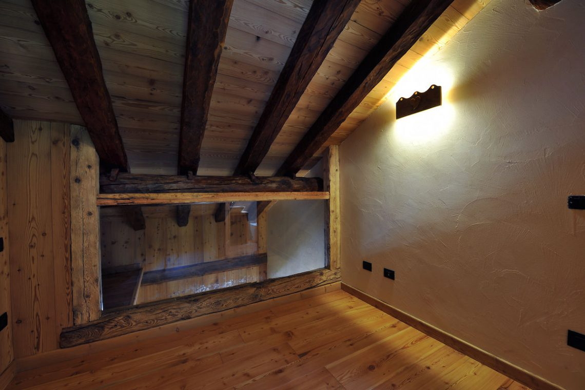 Apartments Gressoney in Walser house finely restored 37