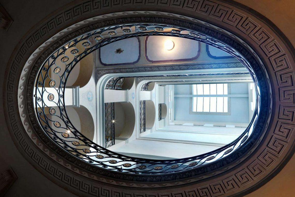 Apartment Lake Garda in historic building  05