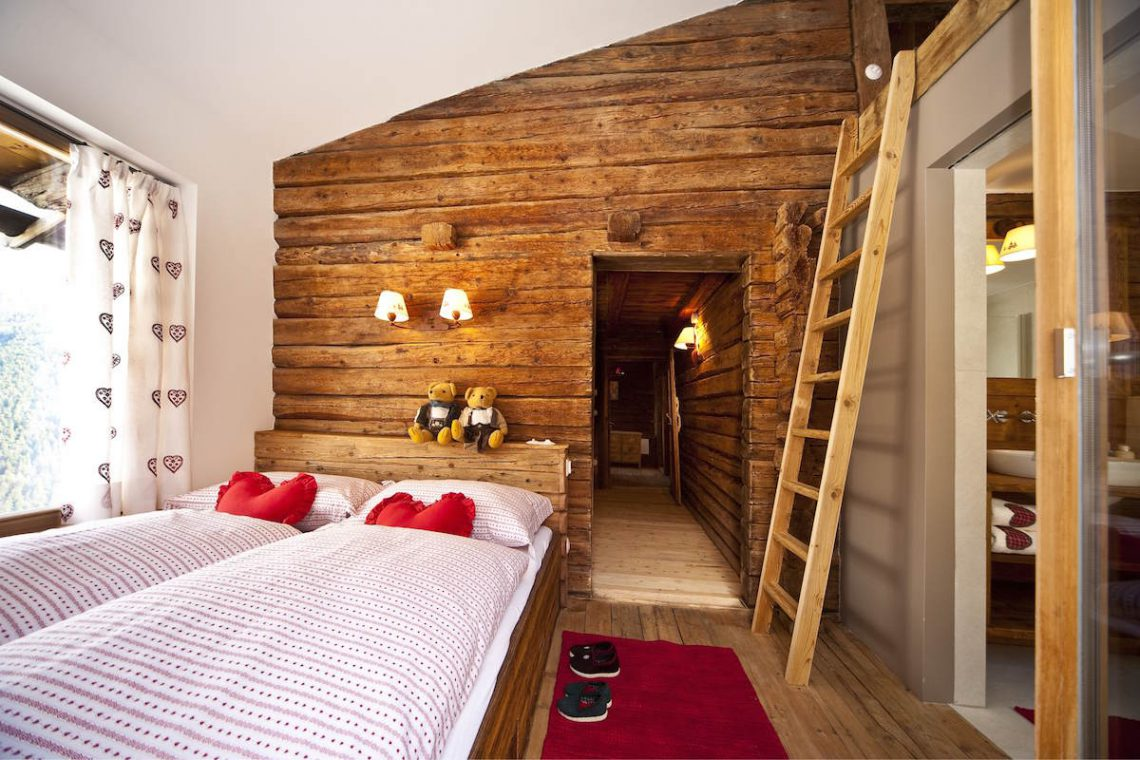 Luxury Chalet Dolomiti for rent in Campo Tures 17