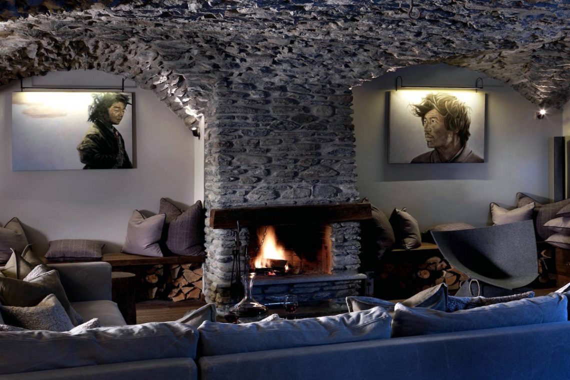 Luxury Chalet Sestriere for rent just 3 minutes from Ski slopes 07